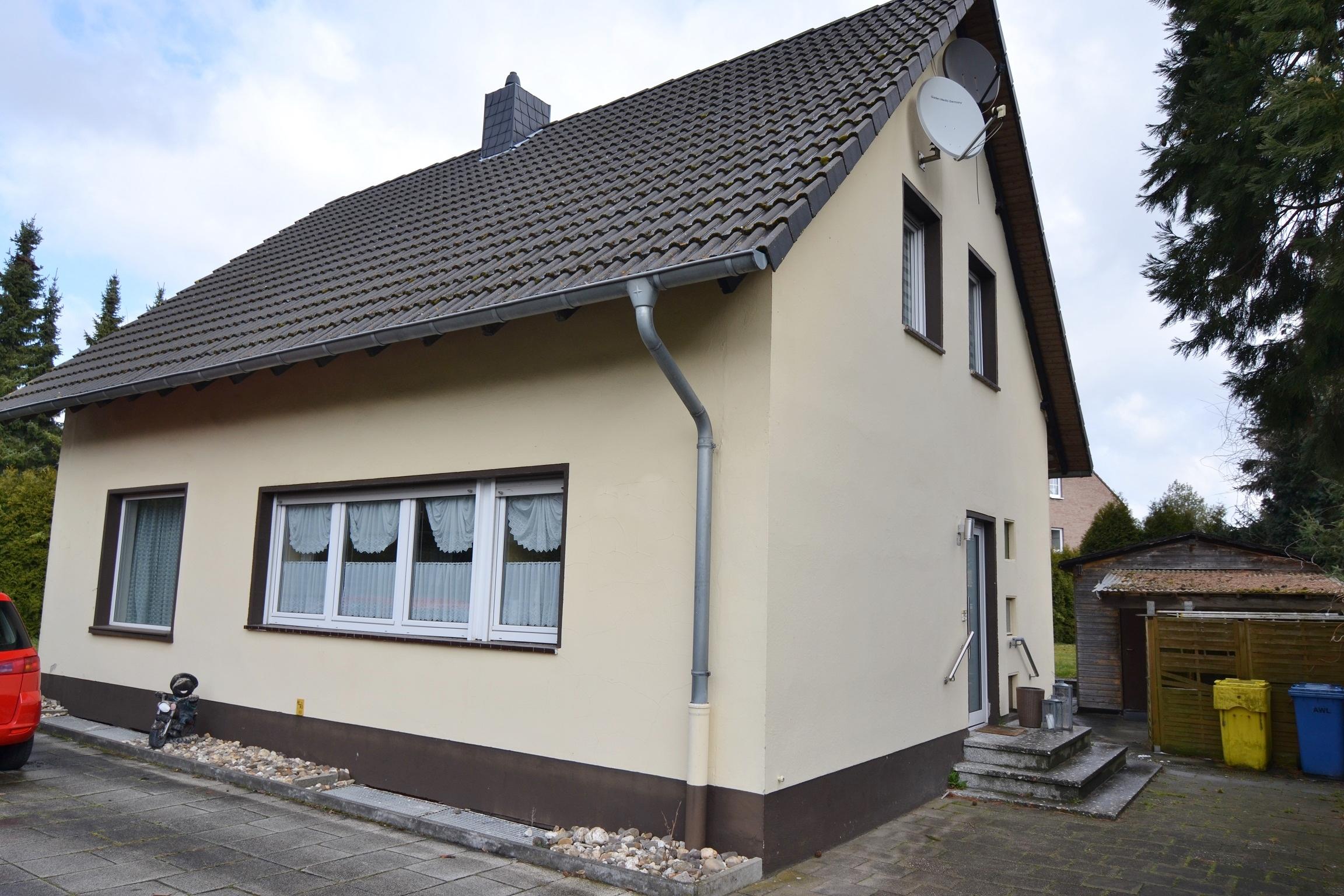 Manuela staliwe immobilien freistehendes zweifamilienhaus for Zweifamilienhaus mieten